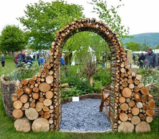 арка из дров