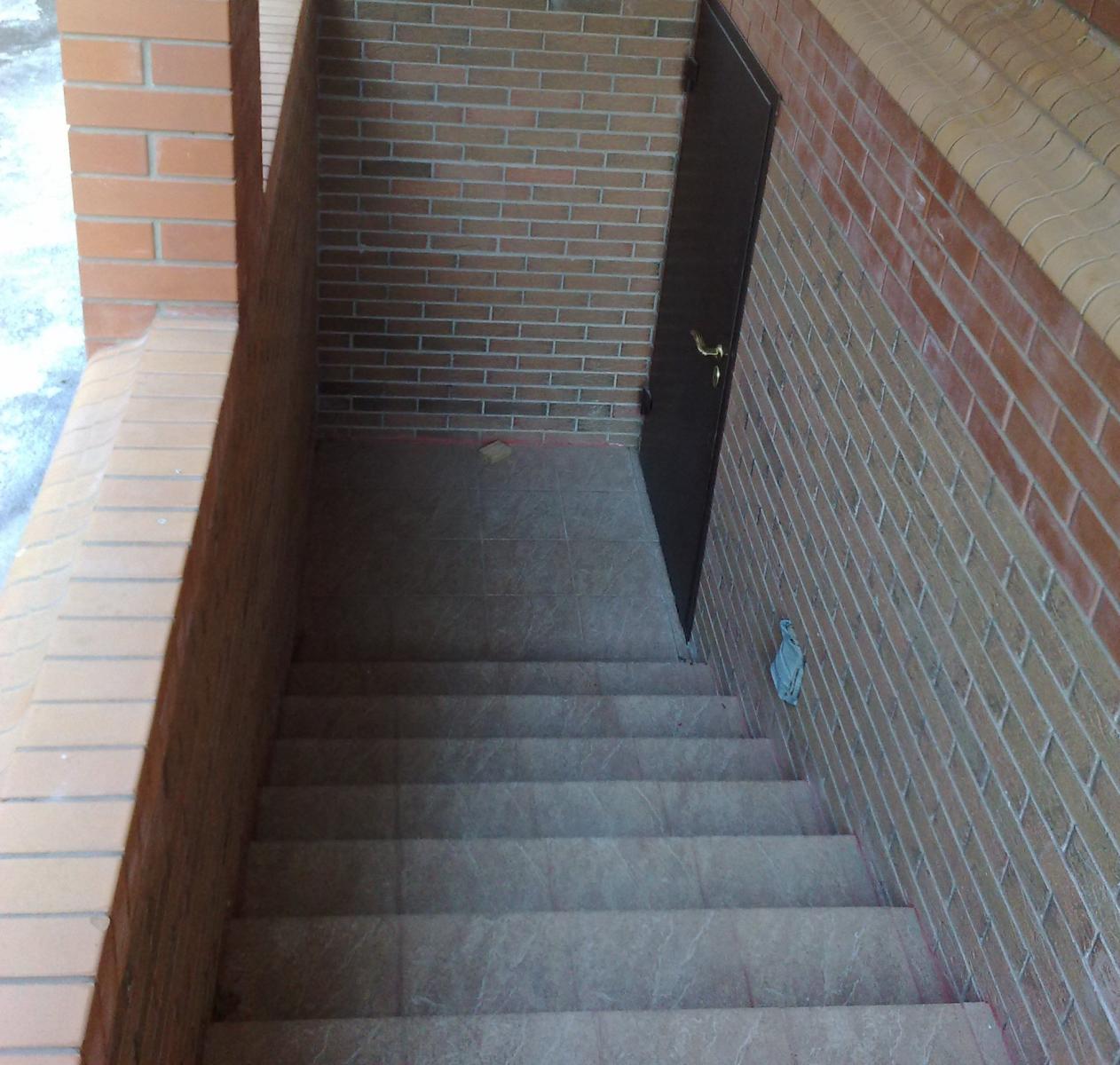 Погреб с лестницей своими руками 175