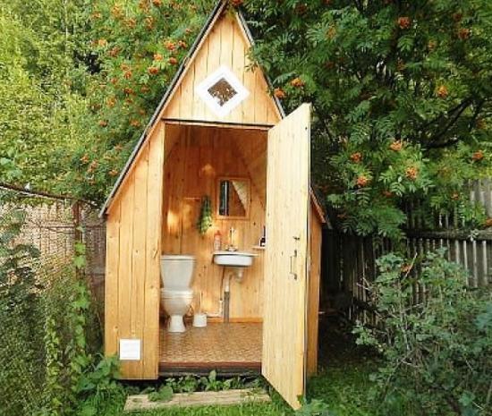 обустройство дачного туалета