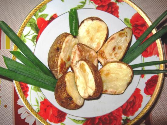 картофель запеченный в мундире