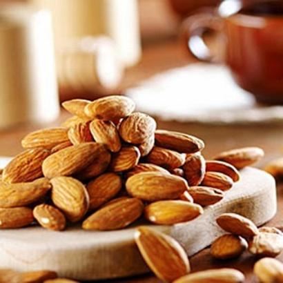полезные свойства миндального ореха