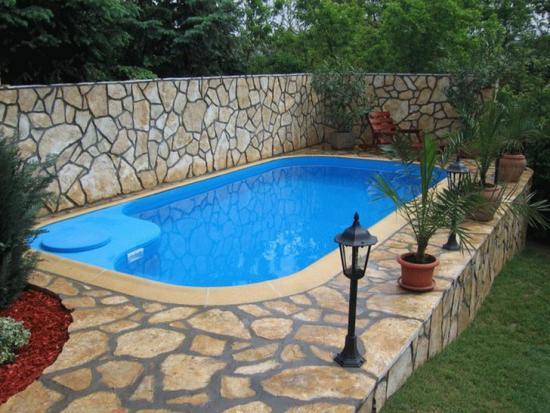 Постройка бассейна на даче